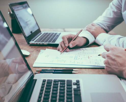3 professionnels pour accompagner la transmission de votre entreprise