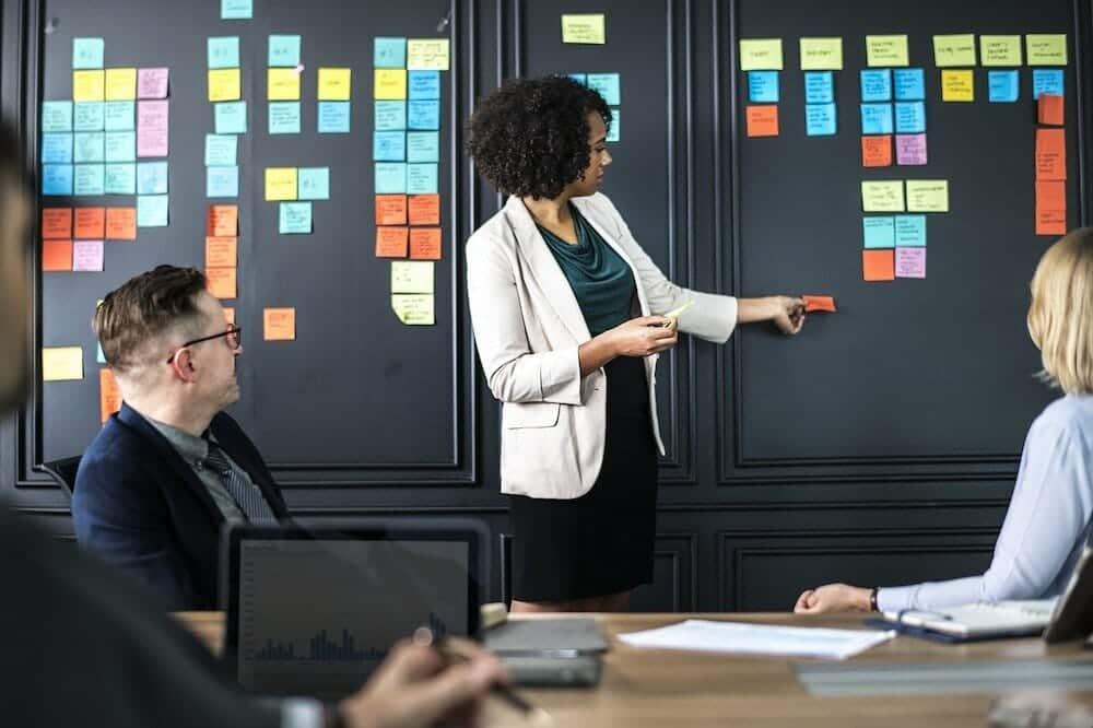 Comment trouver un repreneur pour votre entreprise